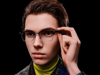 Huawei начала продавать в России 'умные' очки