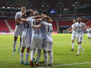 Сборная Аргентины минимально обыграла Уругвай в матче Кубка Америки