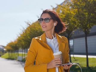 Что надо знать о темных очках и контактных линзах, чтобы не ослепнуть