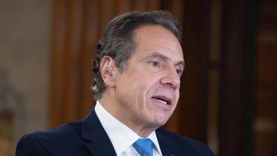 В США намерены объявить импичмент губернатору Нью-Йорка