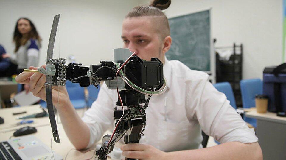 Путин одобрил правовой статус молодого ученого