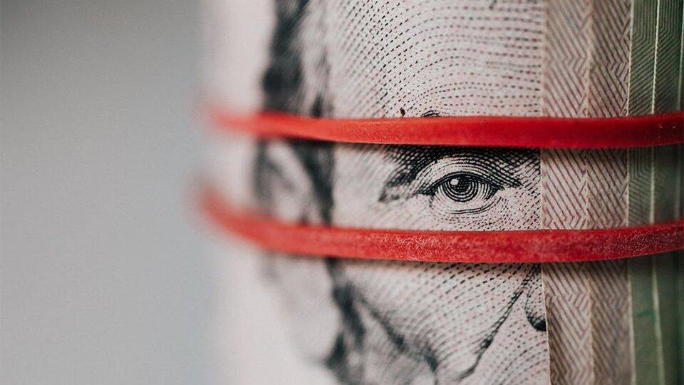 Финансисты нашли замену доллару и евро