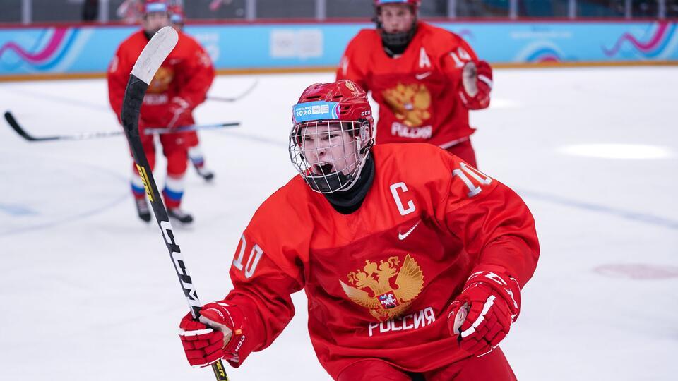 Лидер сборной России по хоккею пропустит ЮЧМ по решению властей США
