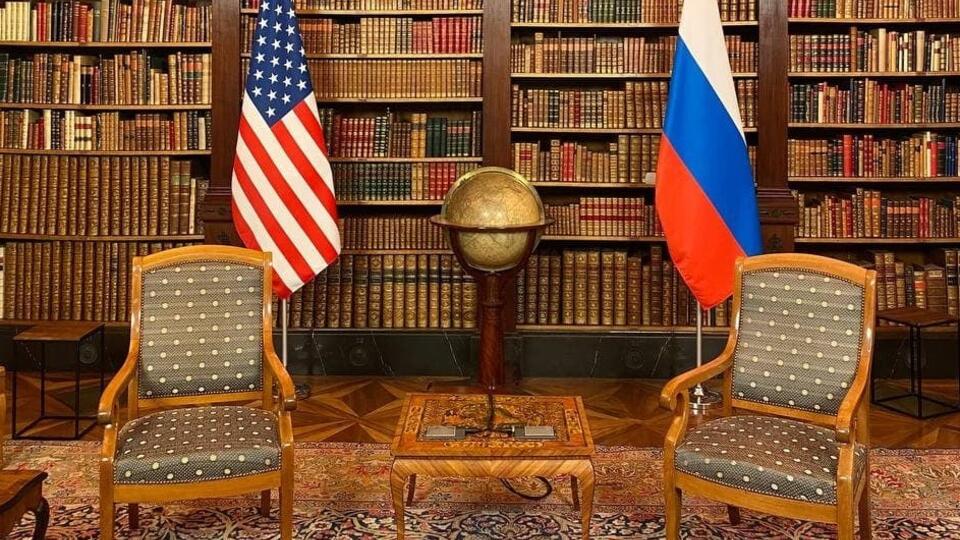 Все готово: МИД показал комнату, где пройдет встреча Путина и Байдена