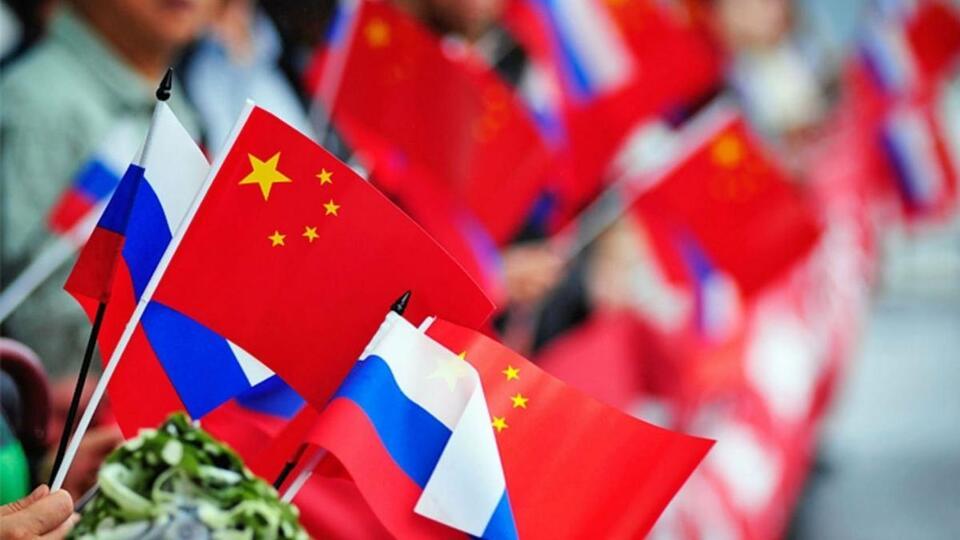 В Китае назвали Россию союзником и захотели защитить ее от США