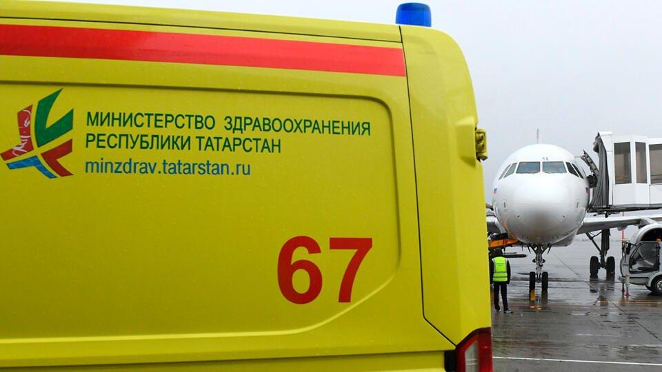 Самолет из Улан-Удэ экстренно приземлился в Казани