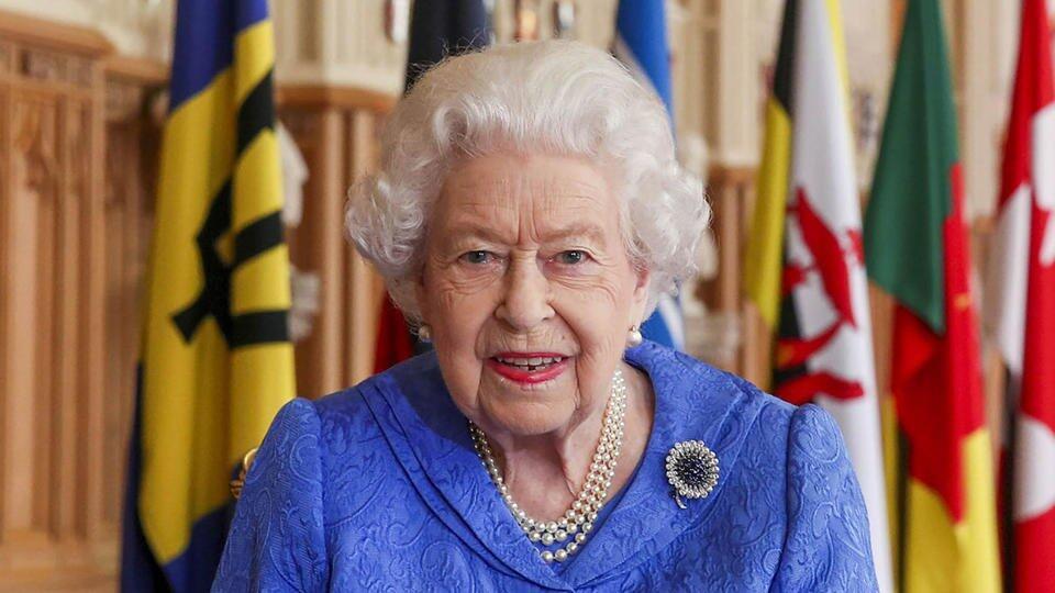 Названы причины, по которым Елизавета II готова отказаться от престола