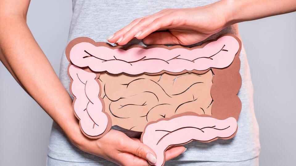 Онколог перечислил признаки рака кишечника на ранней стадии