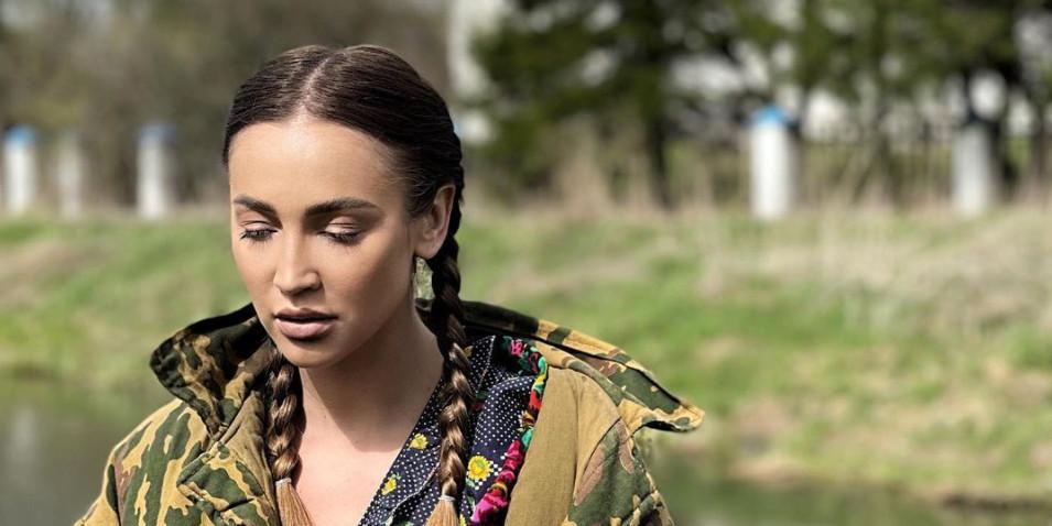 Бузова решила 'переехать в Беларусь'. Звезда стала наставницей местного 'X-Фактора'