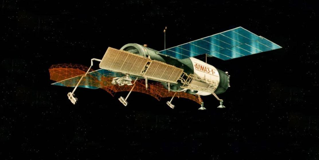 Впервые за много лет включена боевая космическая станция времен СССР 'Алмаз'