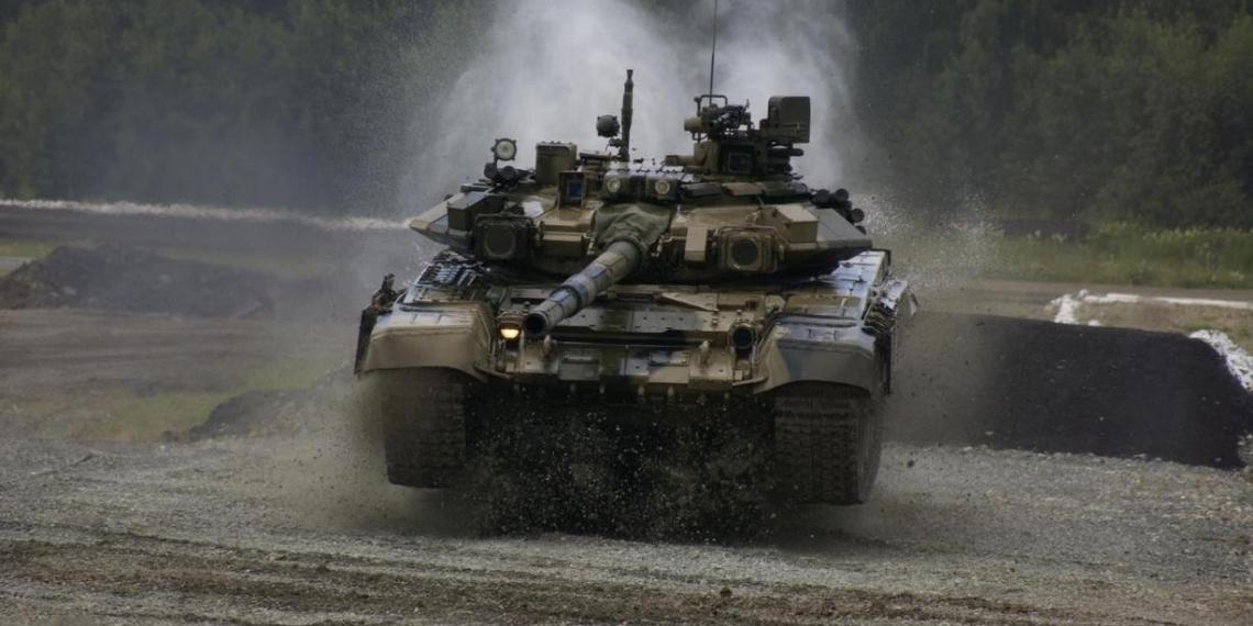 В Индии 'засветилась' самая редкая версия российского танка Т-90С
