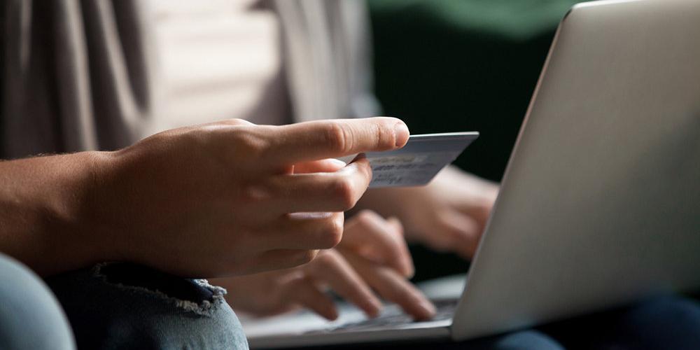 Хакеры украли со счетов россиян в 2020 году почти 10 млрд рублей