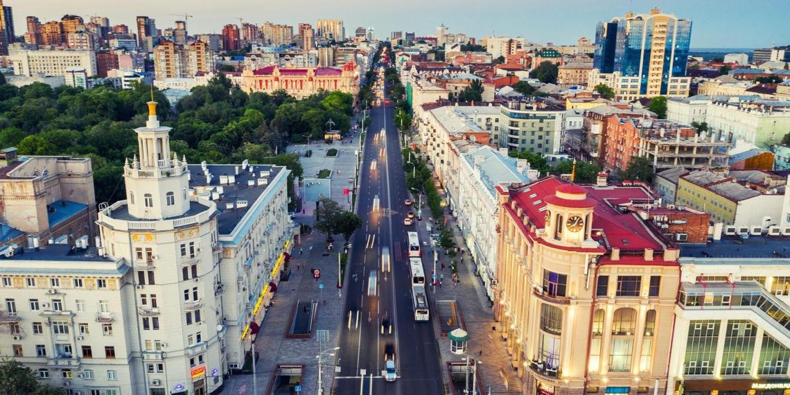 Стало известно, в каких городах России проживают самые бестактные жители