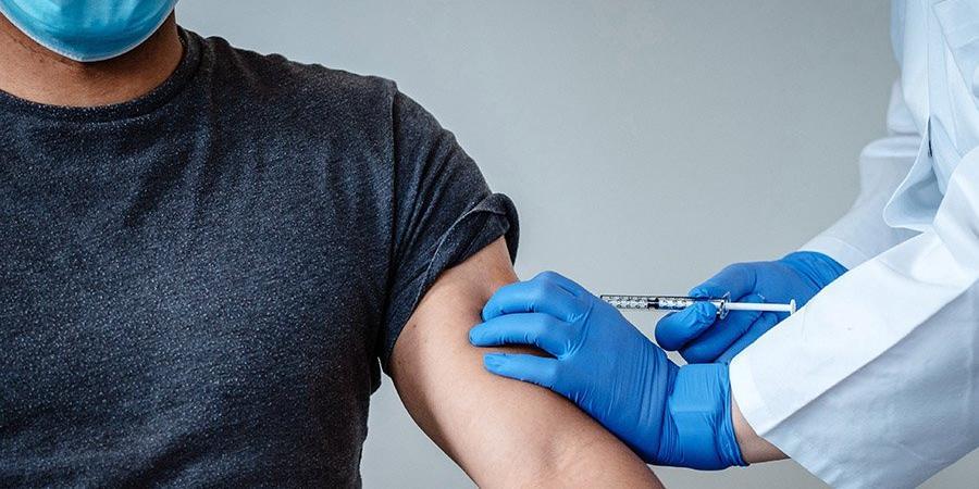 В США запретили вакцинироваться белым жителям штата Вермонт моложе 50 лет