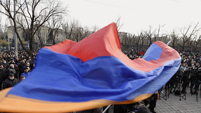Григорий Трофимчук: «Армяне считают, что они подверглись невиданному в своей истории унижению. Они ищут новых союзников» (Haqqin, Азербайджан)