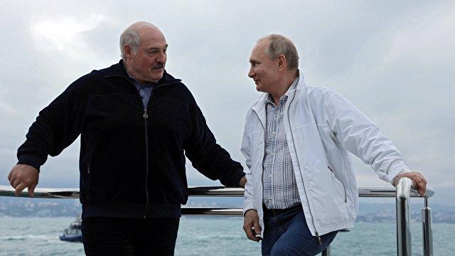 DenikN (Чехия): Москва пользуется Лукашенко как тараном на Европу. Дорого, но пока Путин может это себе позволить