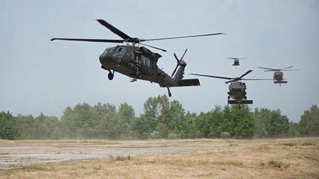 Скандал: американские военные вертолеты устраивают гонки над Токио (Майнити, Япония)