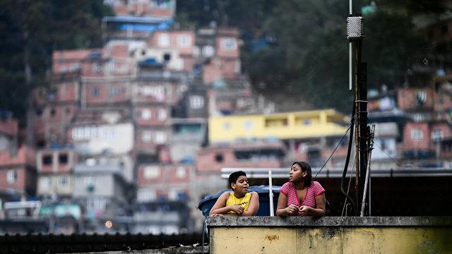 «Не бросай меня, не уходи, они убьют меня!»: так проходила самая кровавая полицейская операция в Рио-де-Жанейро (El País; Испания)