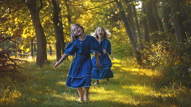 Исследование показало: количество родившихся близнецов во всем мире достигло исторического максимума (The Guardian, Великобритания)