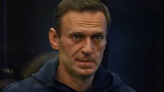 The Economist (Великобритания): кремлевская критика Алексея Навального лишь делает его более популярным