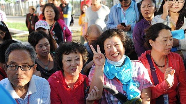 Shukan Gendai (Япония): почему китайцы громко разговаривают? Китаянка, выросшая в Японии, анализирует особенности соотечественников
