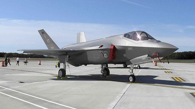 The National Interest (США): Россия утверждает, что видит американские истребители-невидимки F-22 и F-35