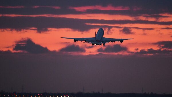 Грузовой Boeing вынужденно сел в Новосибирске из-за инсульта у пилота