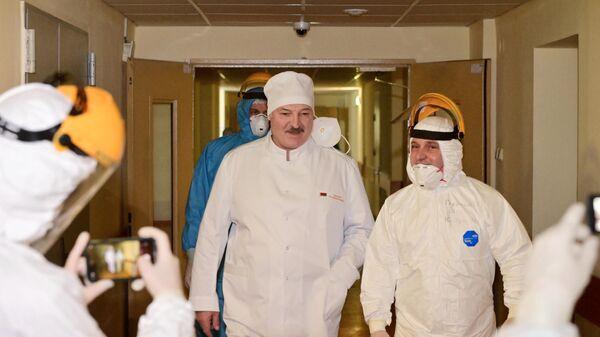 В Центре Гамалеи оценили планы Лукашенко создать собственную вакцину