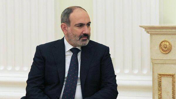 Пашинян уйдет в отставку в последней декаде апреля