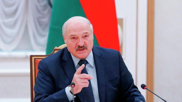 Лукашенко поставил регионам задачу уметь быстро проводить мобилизацию