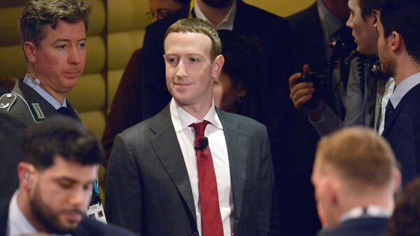 СМИ: номер телефона Цукерберга попал в Сеть из-за утечки данных