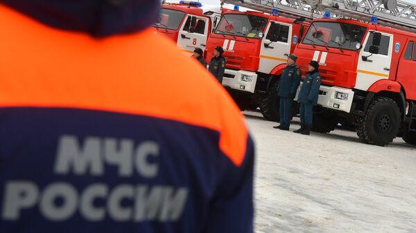 Названа предварительная причина пожара в ангаре в Самарской области
