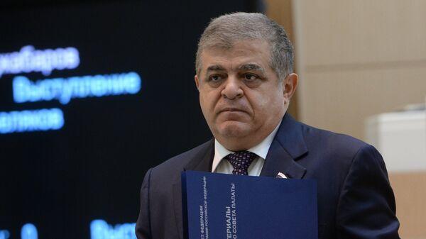 США не сдержат Россию никакими деньгами, заявил Джабаров