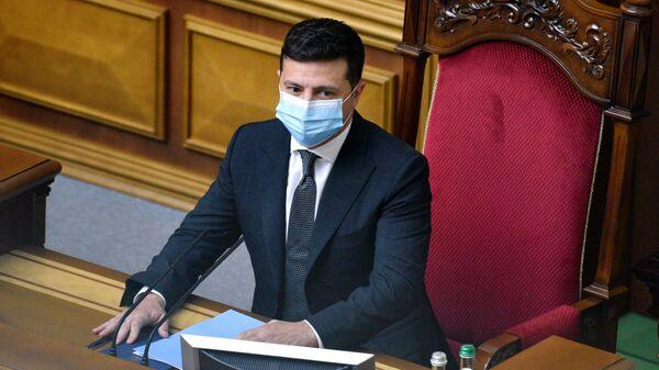 В офисе Зеленского заявили, что он не увольнял себя с должности