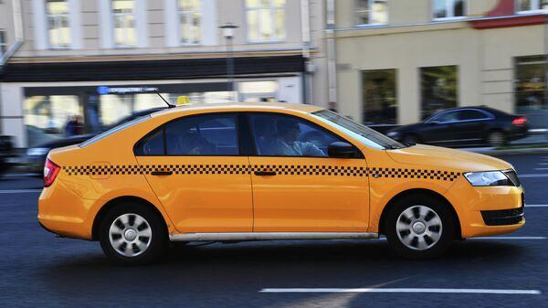 ВТБ узнал, когда россияне больше всего тратят на такси