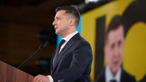 Зеленский проводит консультации с 'нормандской четверкой' по Донбассу