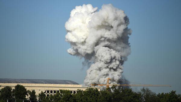На месте пожара в районе Лужников прогремело более 100 взрывов