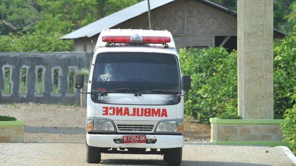 Из-за пожара на НПЗ в Индонезии эвакуировали около тысячи человек