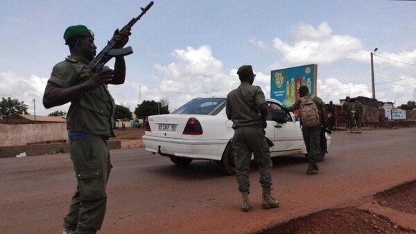Вице-президент Мали объяснил арест главы государства и премьера