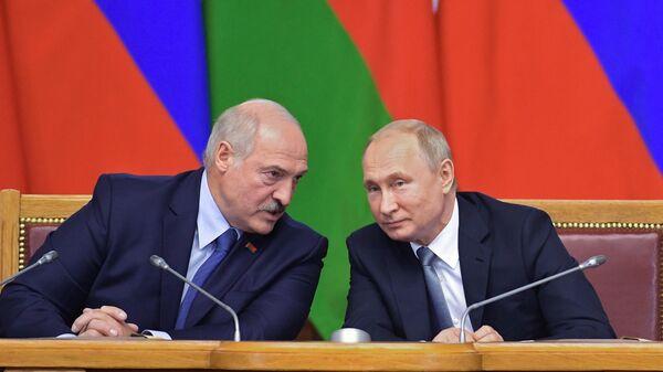 В Минске сообщили о телефонном разговоре Путина с Лукашенко