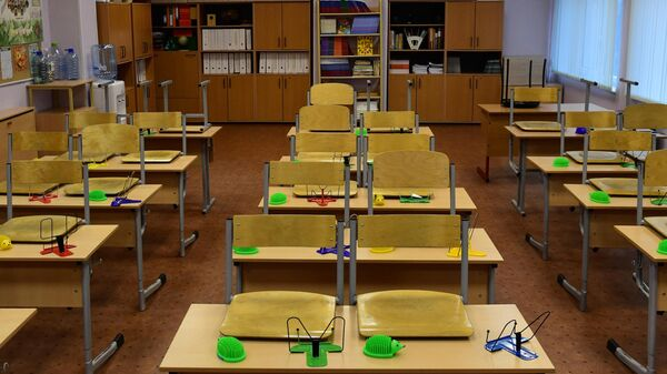 В Госдуме предложили отменить для школьников проверочные работы
