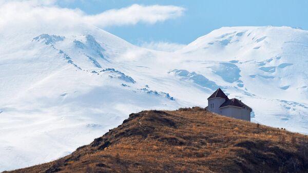 В горах Кабардино-Балкарии погиб гид группы альпинистов