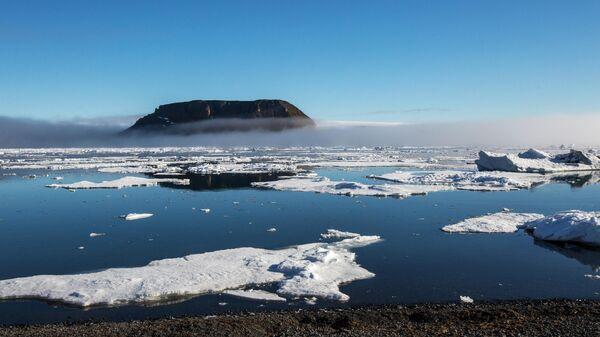 В создание судна для работы в Арктике вложат семь миллиардов рублей