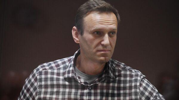 У Навального обнаружили две грыжи, заявила адвокат