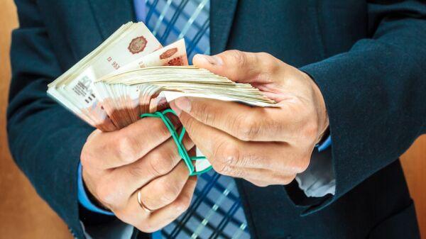 Психолог назвал привычки, которые мешают стать богатым