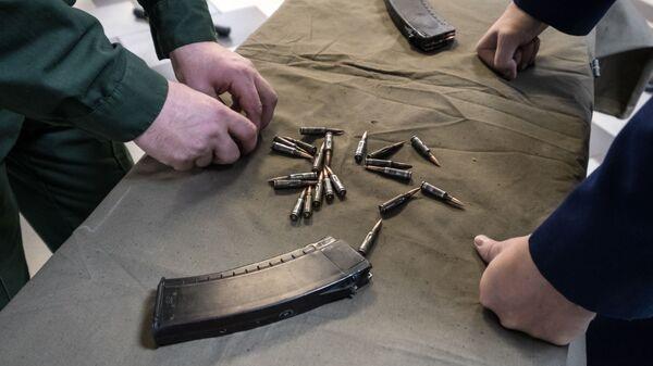 Милонов предложил отзывать лицензию на оружие за алкоголизм и наркоманию