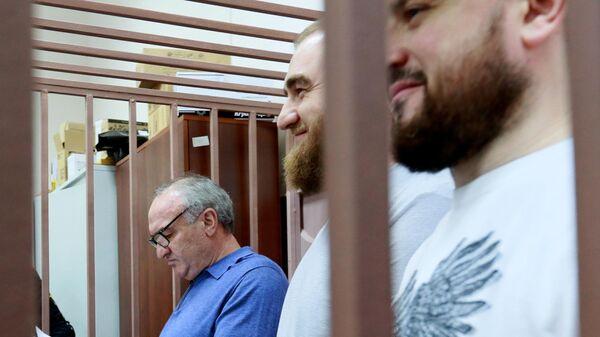 Суд арестовал более 90 машин Арашуковых