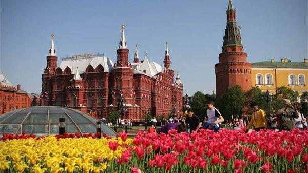 В России начались длинные майские праздники
