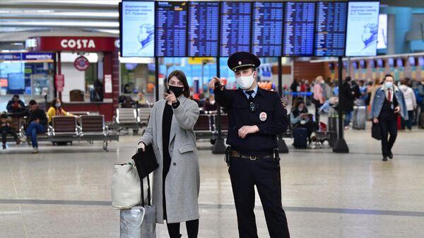 Попова рассказала о работе с прилетающими из Индии