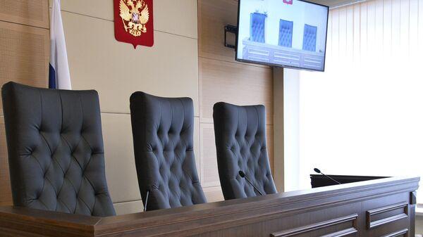 В Приморье избрали меру пресечения осквернившим мемориал Героя России